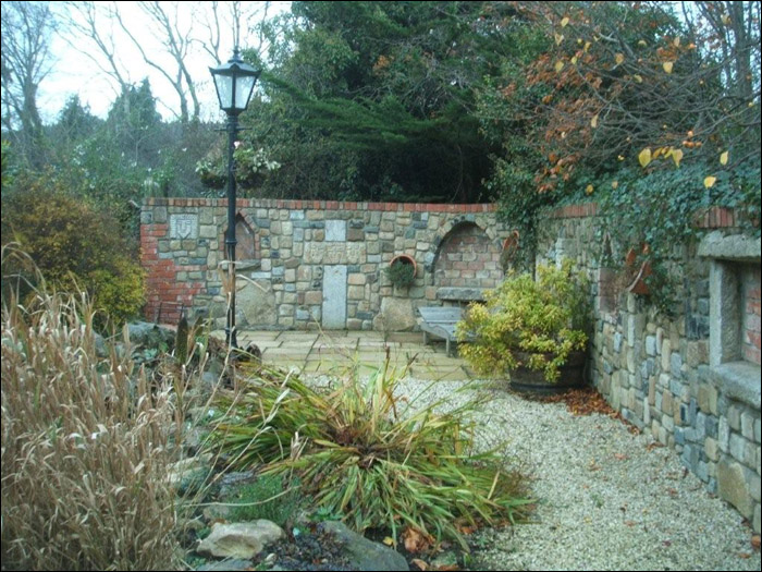 Ornamental Walls Dublin | Stone Walls Dublin | Garden Design Dublin |  Exhibition Garden Dublin | Ornamental Stone Walls Dublin | Water Features  Dublin